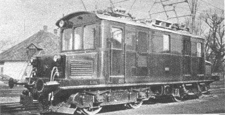1024px-Új_elektromos_mozdony
