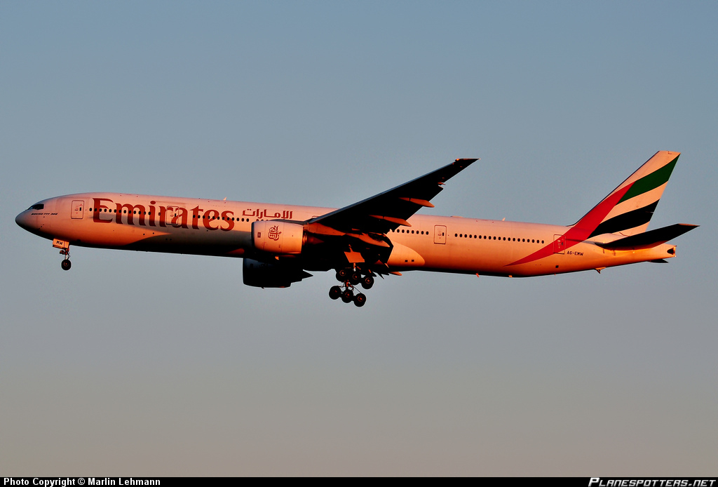a6-emw-emirates-boeing-777-31h_planespottersnet_297432