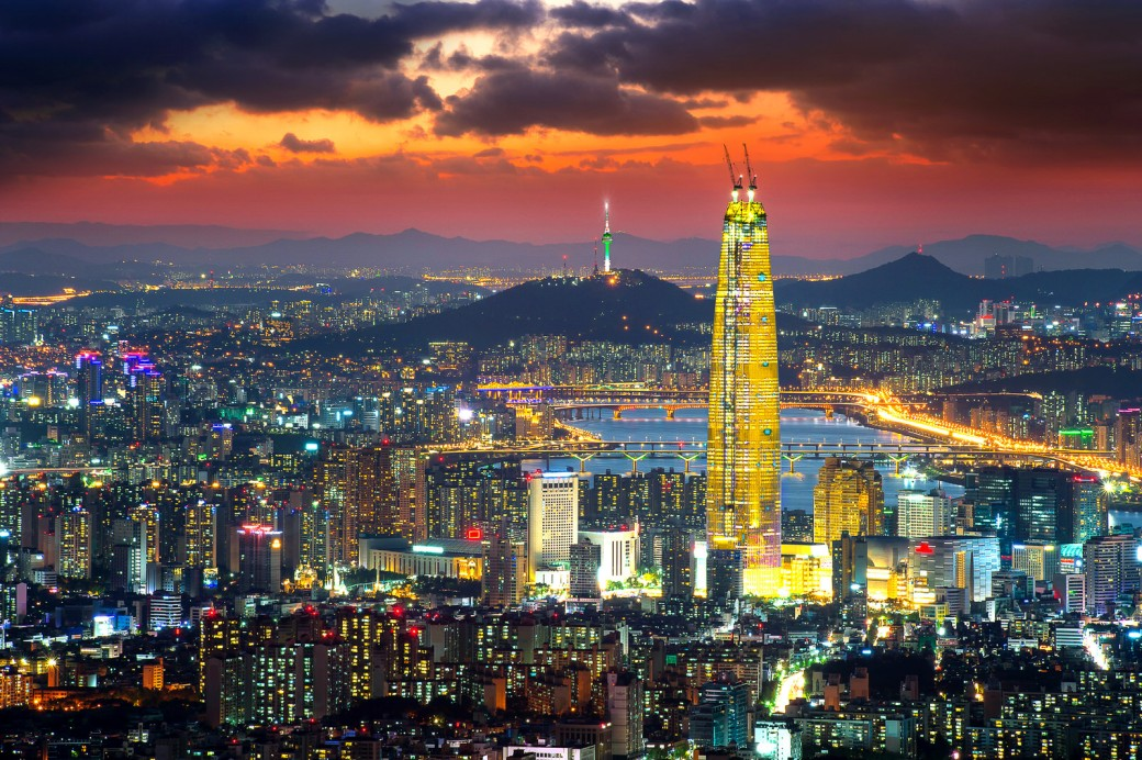 shutterstock_407897917-lotte-world-tower-seoul-61bbde30f1cf